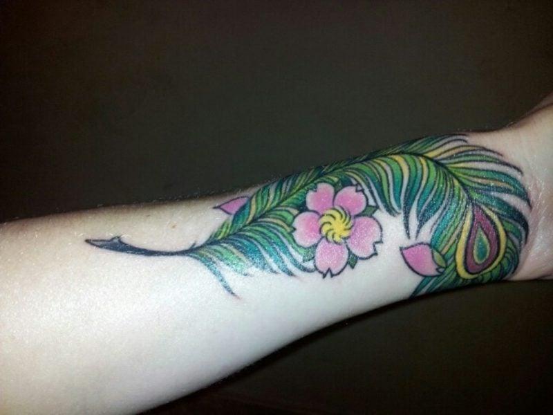 tatoo mit Blumen