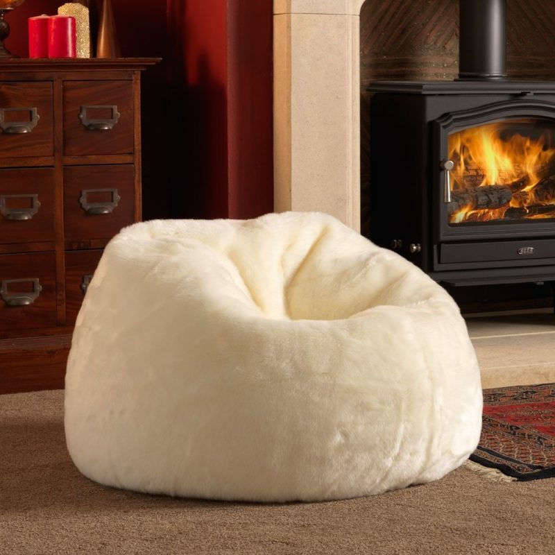 sitzsack fell perfect bbag extreme lounging bbox sheepskin fur farbe white with sitzsack fell. Black Bedroom Furniture Sets. Home Design Ideas