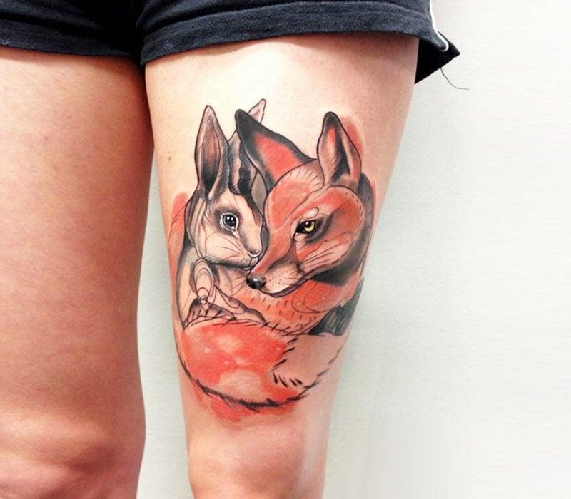 37 wundersch ne ideen f r ein fuchs tattoo tattoos zenideen. Black Bedroom Furniture Sets. Home Design Ideas