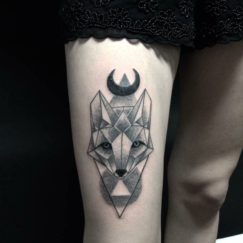 37 wundersch ne ideen f r ein fuchs tattoo tattoos. Black Bedroom Furniture Sets. Home Design Ideas
