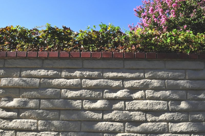 Gartenmauer aus Ziegelsteinen selber bauen - Anleitung - DIY, Garten ...