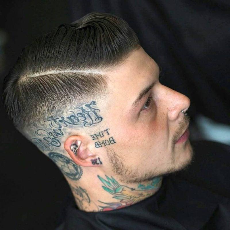 Männer Frisuren 2018 Trendige Pompadour Frisur Für Herren