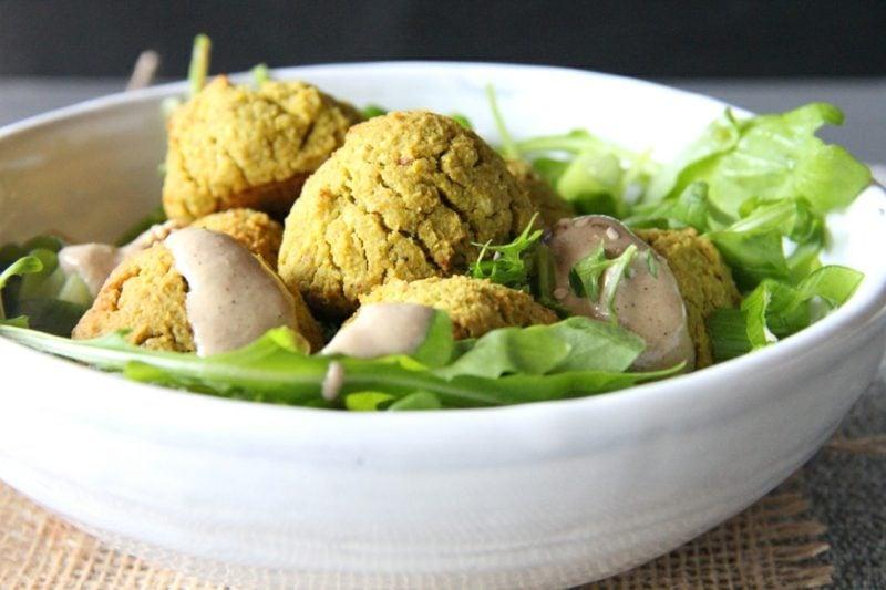 Rezepte gesund und lecker Falafel mit Tahini-Sosse