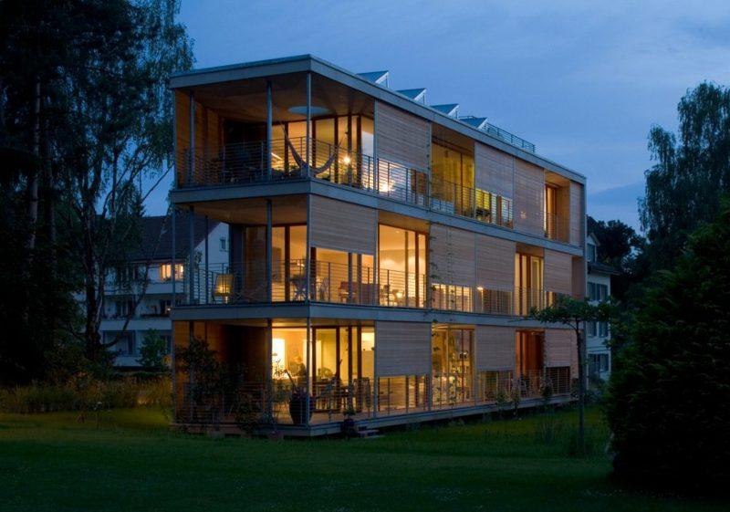 moderne Häuser Passivhaus mit mehreren Stockwerken
