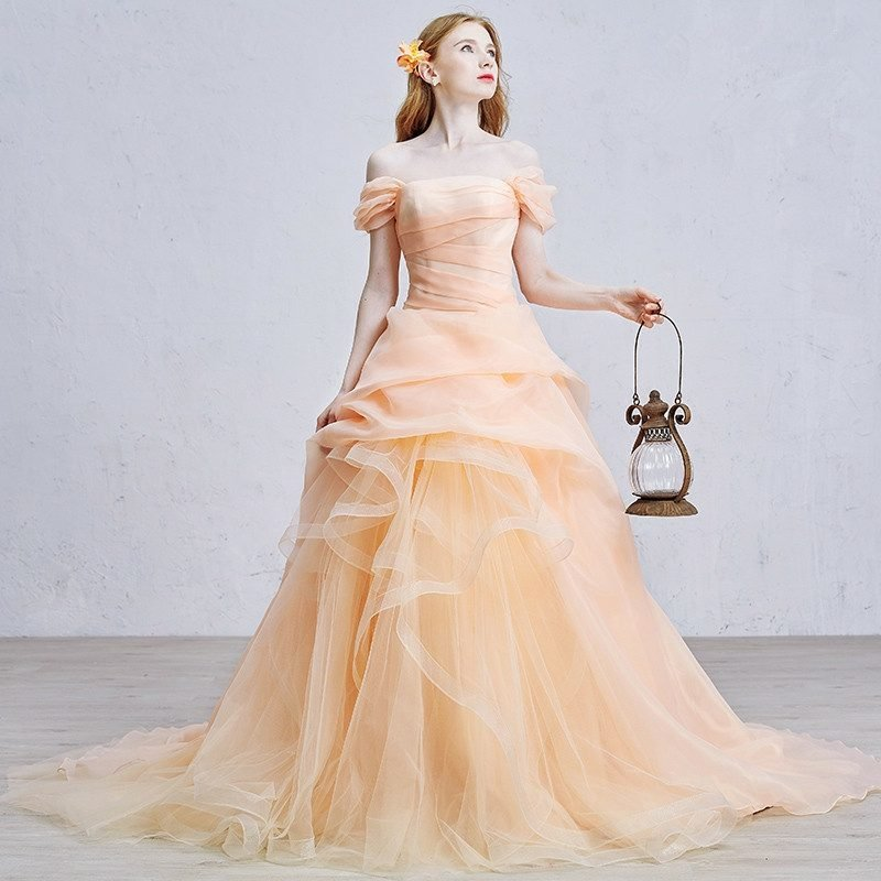 Hochzeitskleid Vintage Stil elegant romantisch Apricot Farbe