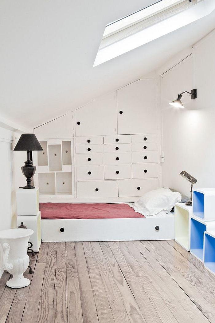 schlafzimmer einrichten ideen bett weiß beleuchtung lampe