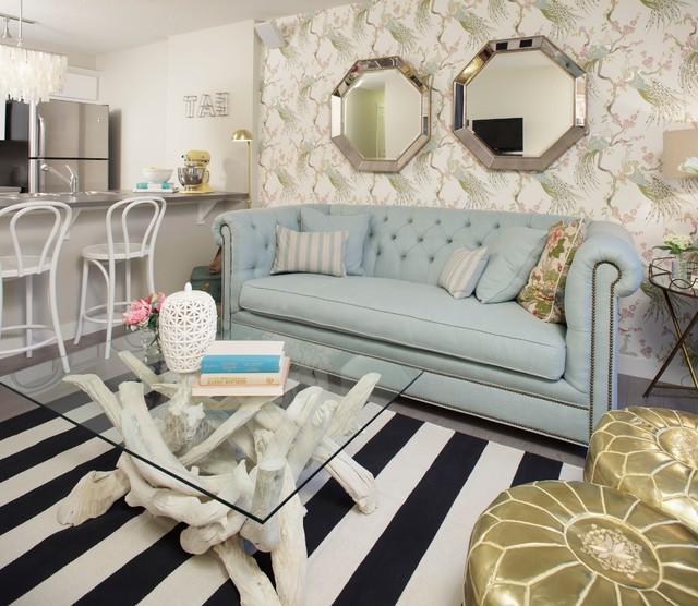 einrichtungsideen wohnzimmer sofa tisch glas teppich spiegel
