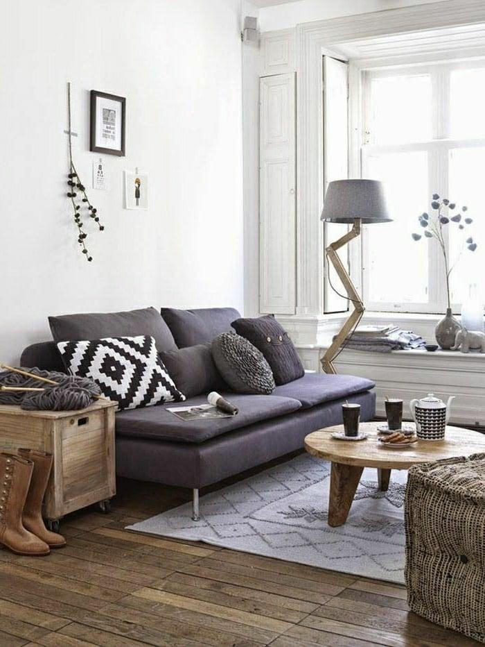 wohnzimme rgestalten einrichtungsideen sofa in lila