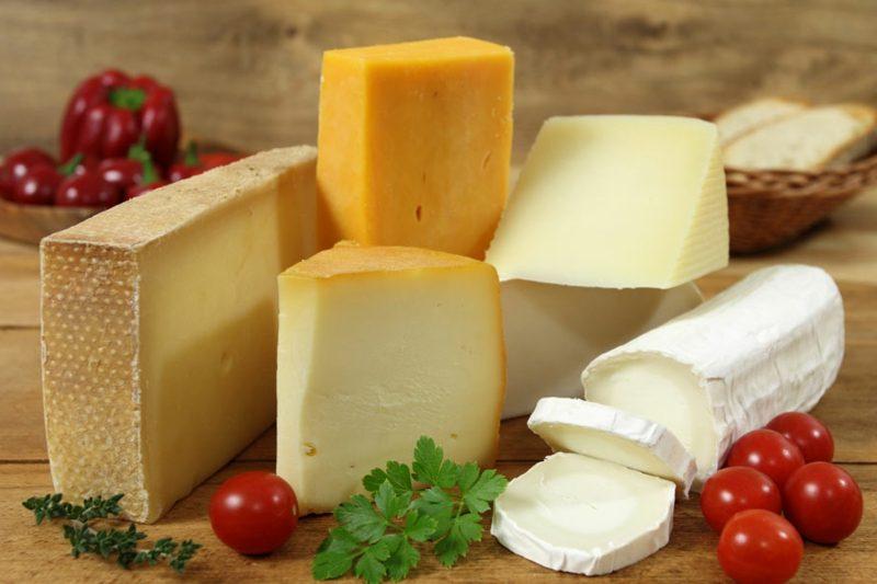 Diät ohne Kohlenhydrate Milchprodukte Käsearten