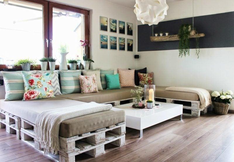 Palettenmöbel selber bauen – Idee für Innen- und Außenbereich