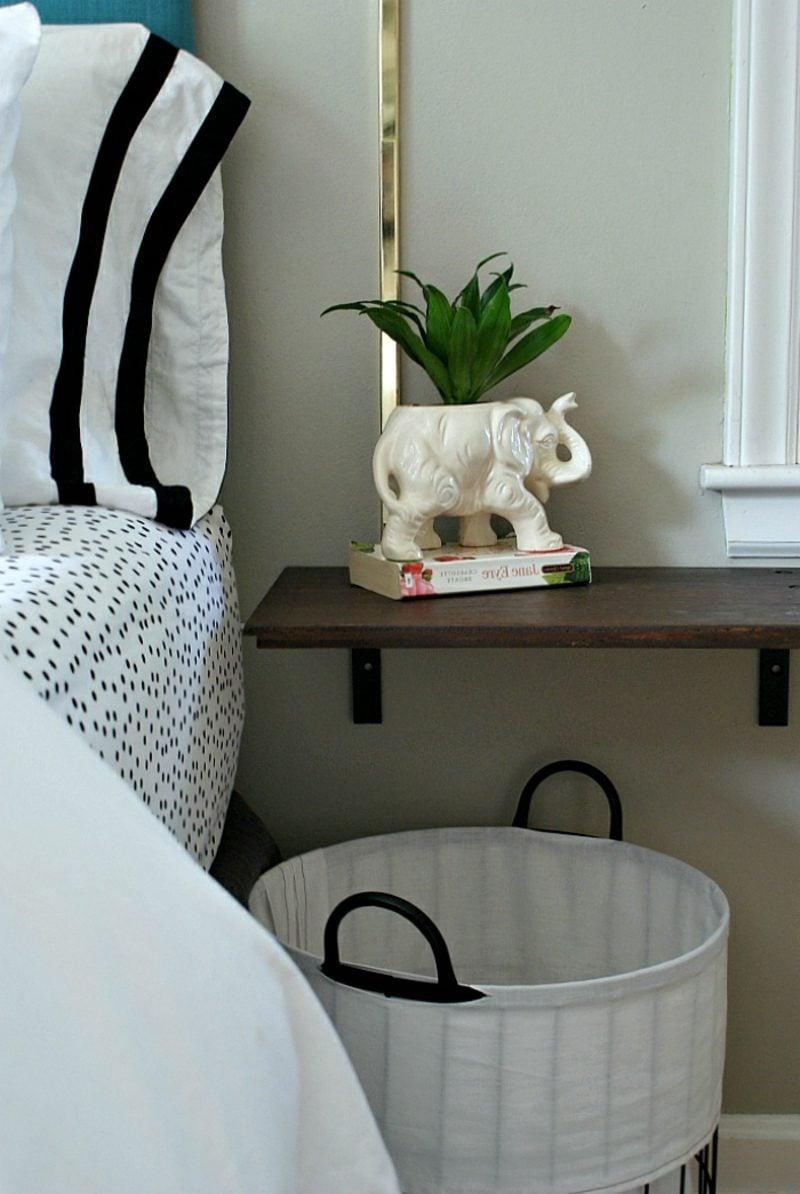 nachttisch zum einh ngen praktische schlafzimmerl sung. Black Bedroom Furniture Sets. Home Design Ideas