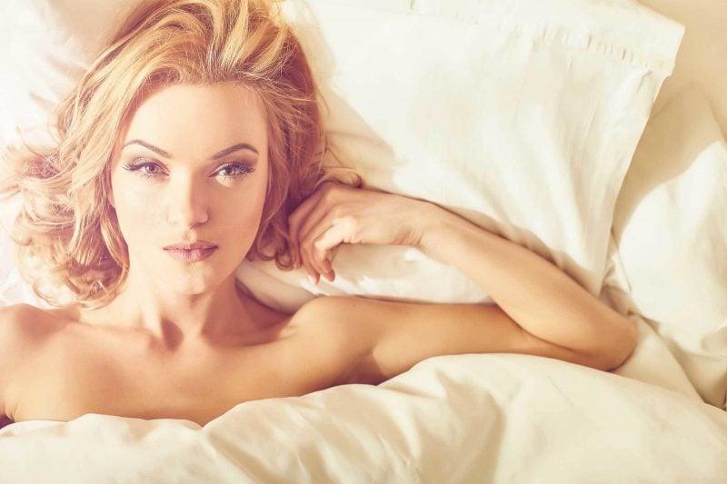 ist nackt schlafen gesund gute gründe schlafen nackt vorzüge