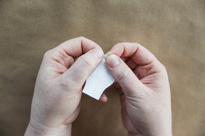 blumen basteln papierblumen basteln bastelideen anleitung blume basteln