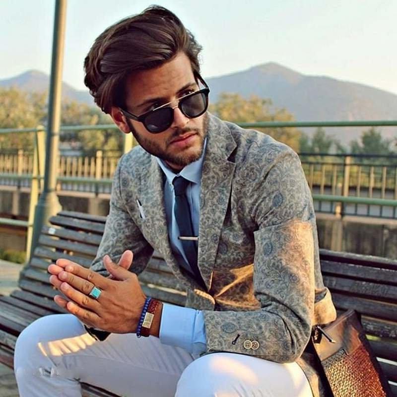 moderne männerfrisuren schicke haartolle herrenfrisuren trendfrisuren pompadour frisur