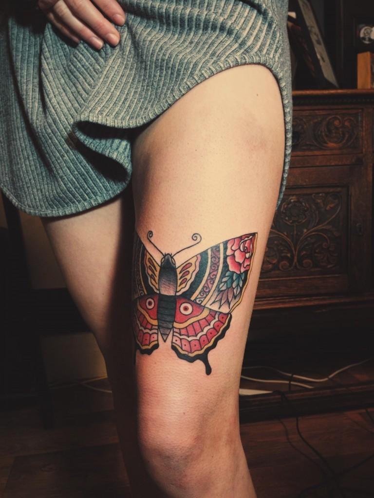 Sexy Schmetterling Tattoo Ideen für Frauen