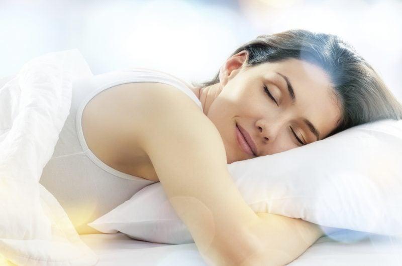 Was tun gegen Augenringe - richtig Schlafen
