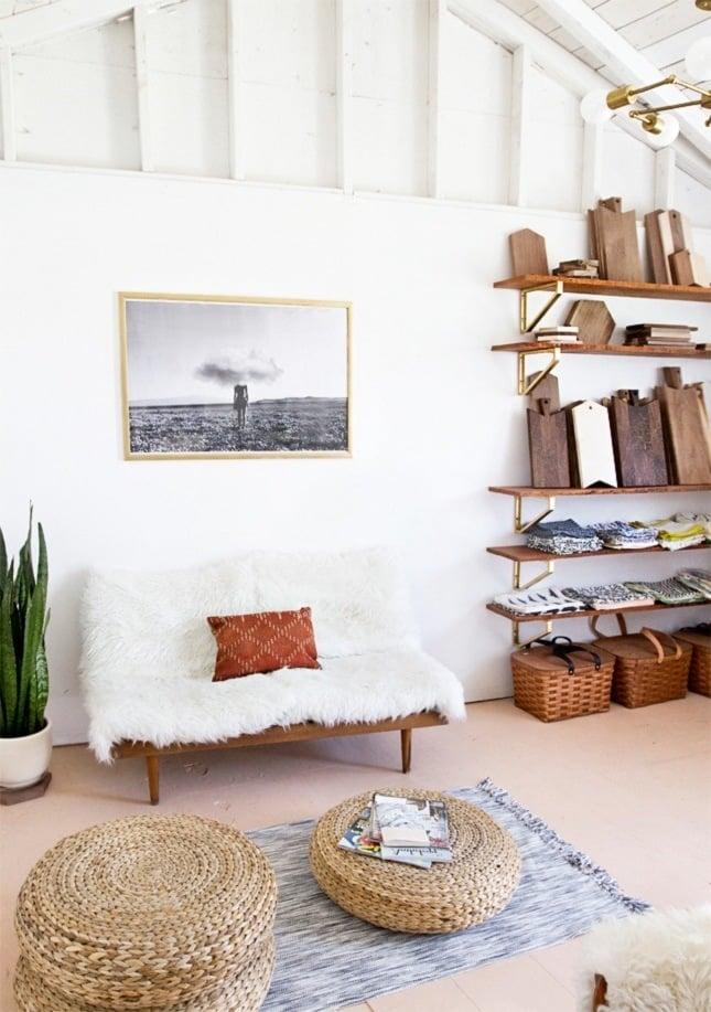 einrichtungsideen wohnzimmer hocker sofa weiß
