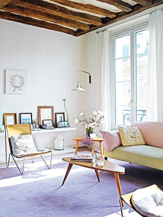 Ikea Hacks für Frühlingsdeko im Wohnzimmer: Ikea Stuhl