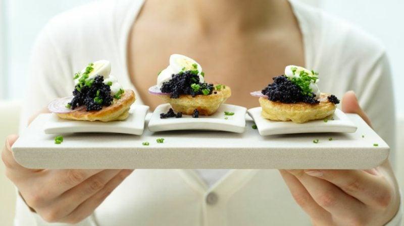 Wachteleier Rezept Blinis mit Kaviar