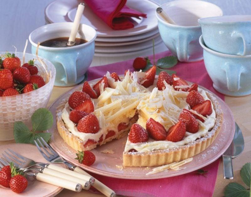 Muttertag Backen Erdbeer-Tarte mit Schokolade