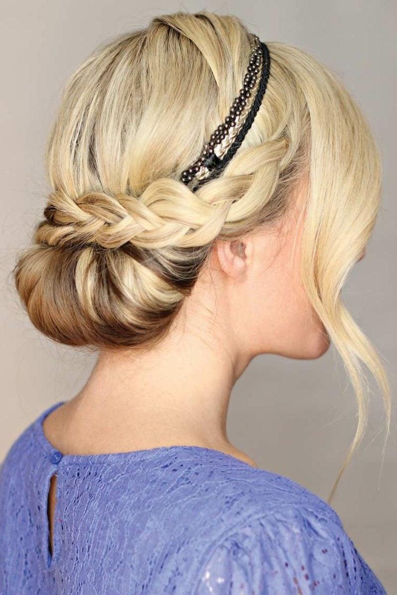 Frisuren mit Haarband hochgesteckte Haare eleganter Dutt