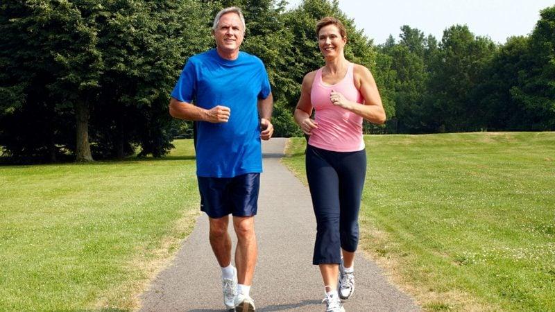 Joggen anfangen Vorteile alte Menschen