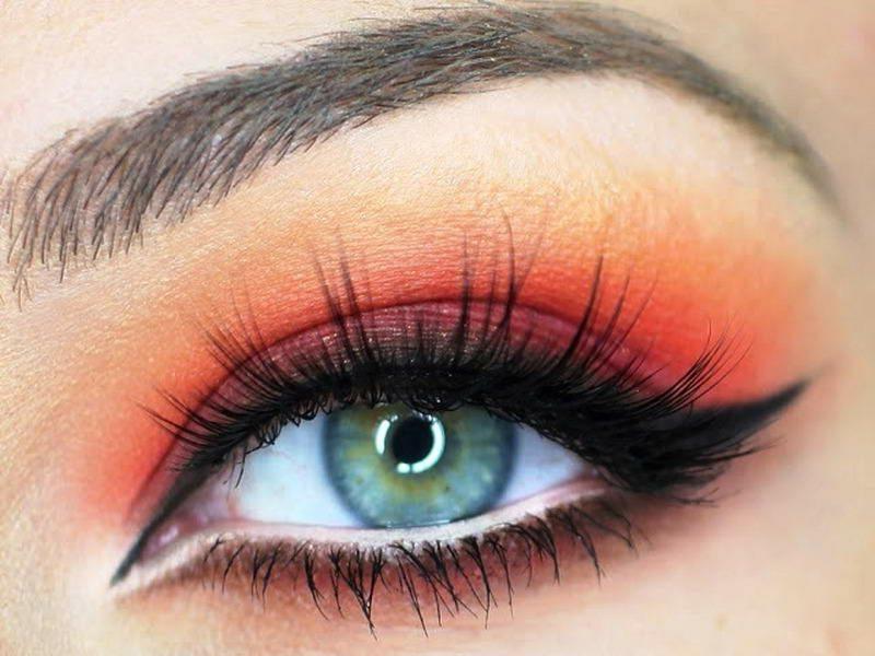Augen Make-up Anleitung Lidschatten warme Nuancen