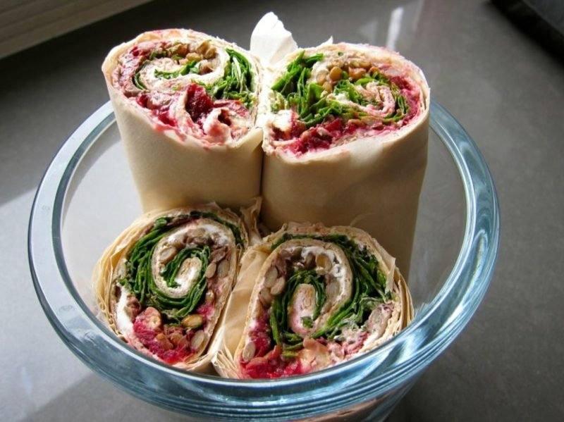 Tortilla Rezept vegetarische Rollen mit Salat