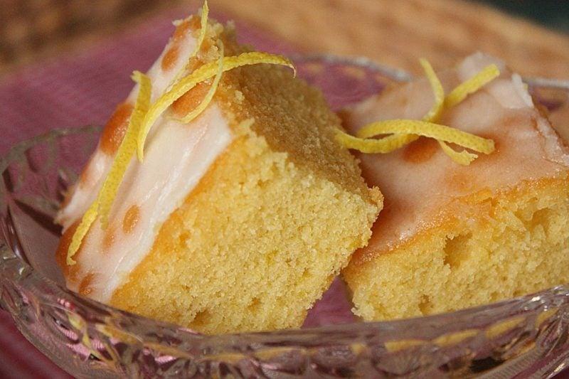Muttertagskuchen backen Zitronenkuchen