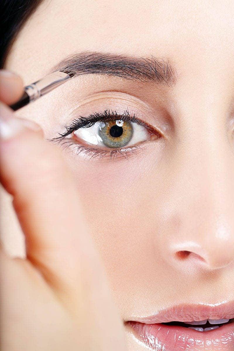 Perfekte Augenbrauen Formen: Schritt für Schritt Anleitung