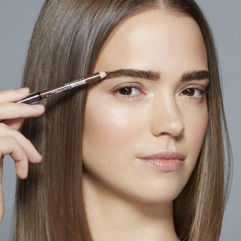 Perfekte Augenbrauen Formen - Zupfen Anleitung und Make Up Anleitung
