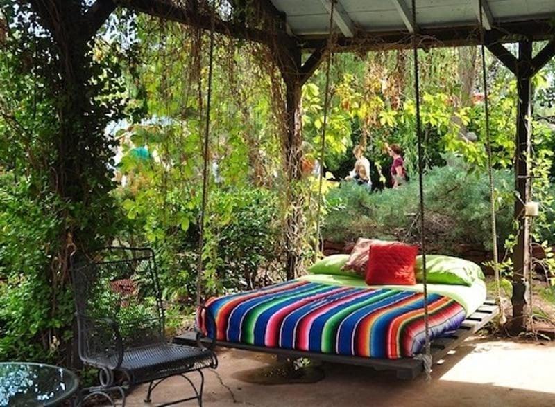 Hängebett im Garten