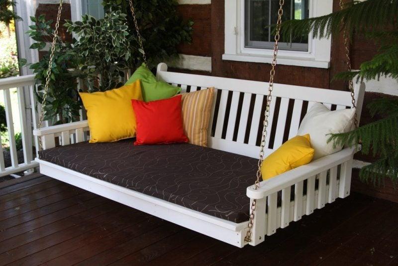 h ngebett selber bauen 44 diy ideen f r bett aus paletten im garten diy garten zenideen. Black Bedroom Furniture Sets. Home Design Ideas