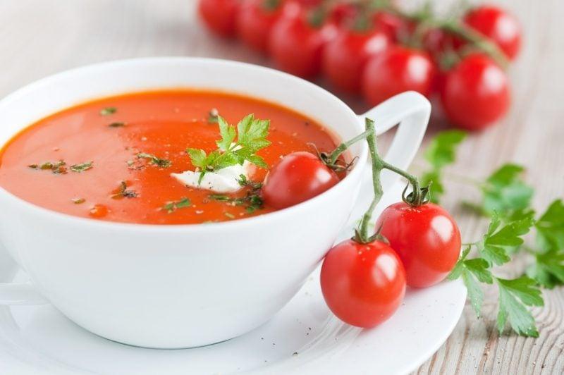 Karfreitag Essen cremige Tomatensuppe
