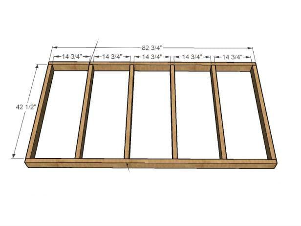 Damit Ihr Hängebett stabil ist, müssen Sie die Paletten mit einer Holzbalken - Unterkonstruktion verbinden