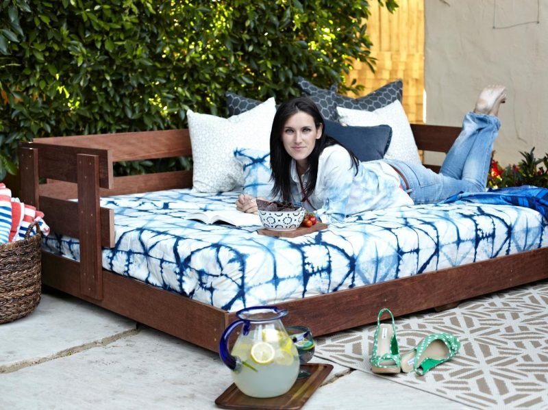 Diy Pallet Patio Daybed