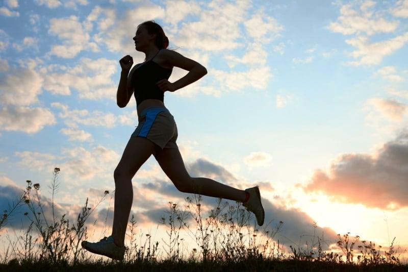 Sport treiben Joggen anfangen fit bleiben