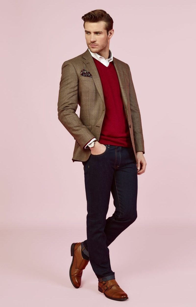 Business casual Outfit Mann roter Pulli als Akzent