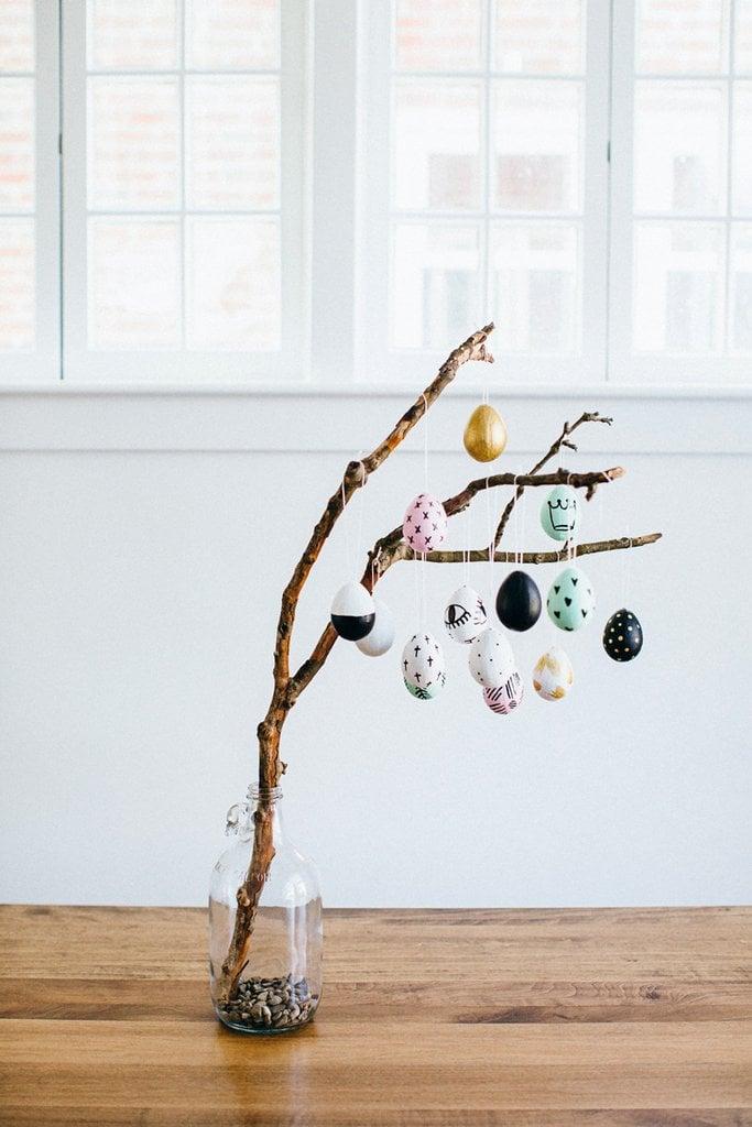 Bastelideen für Ostern: traditionellen Osterstrauch in moderner Stilrichtung basteln