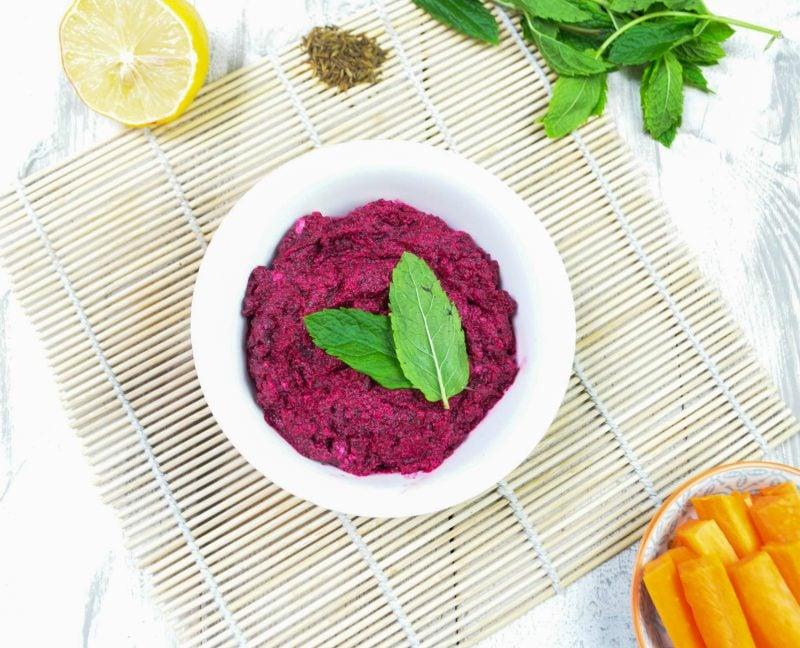 Rote Beete gesund: Rote Beete Dip schmeckt am besten mit Schafskäse