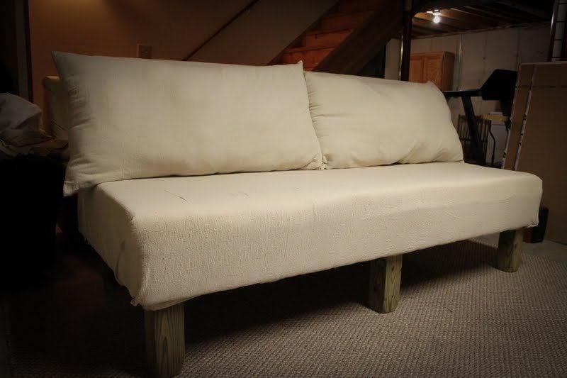 sofa selber bauen f r entspannte stunden zu hause bauanleitung diy m bel zenideen. Black Bedroom Furniture Sets. Home Design Ideas