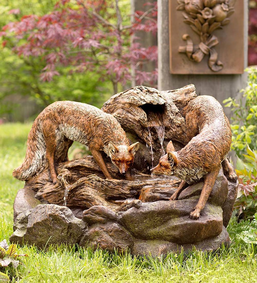 Garten gestalten springbrunnen als blickfang im eigenen for Garten im herbst gestalten