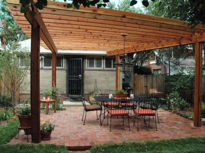 terrasse bauen anleitung terrasse anlegen holzterrasse bauen terrasse aus stein bauen terrasse mit steinmauer