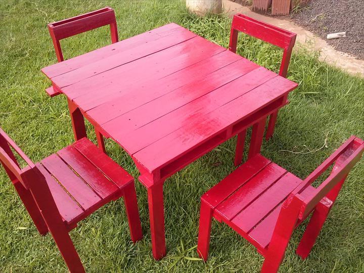 stuhl aus paletten elegant paletten adirondack stuhl und tischset njkcom with stuhl aus. Black Bedroom Furniture Sets. Home Design Ideas