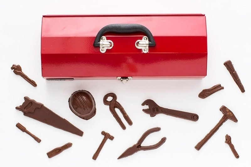 vatertagsgeschenk ideen vatertag vatertagsgeschenke werkzeuge aus schokolade bierholster diy geschenk