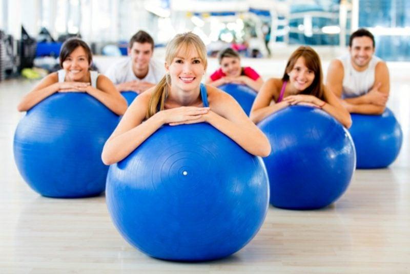 Fitnessübungen zum Abnehmen Pilates