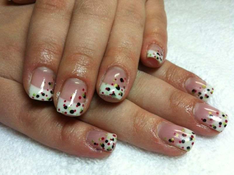 French Nails Muster Punkten Gellack
