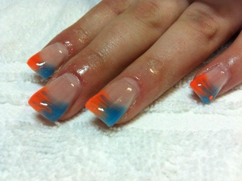 French Nails Muster Spitzen ineinander fliessende farben