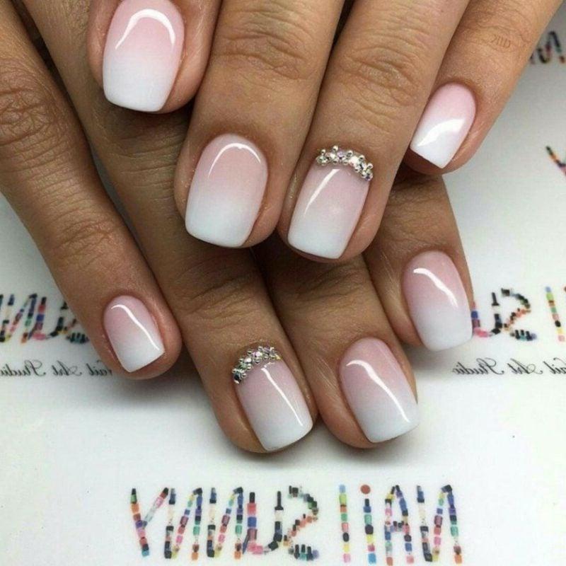 Gelnägel weiß und rosa Ombre Effekt French Nails