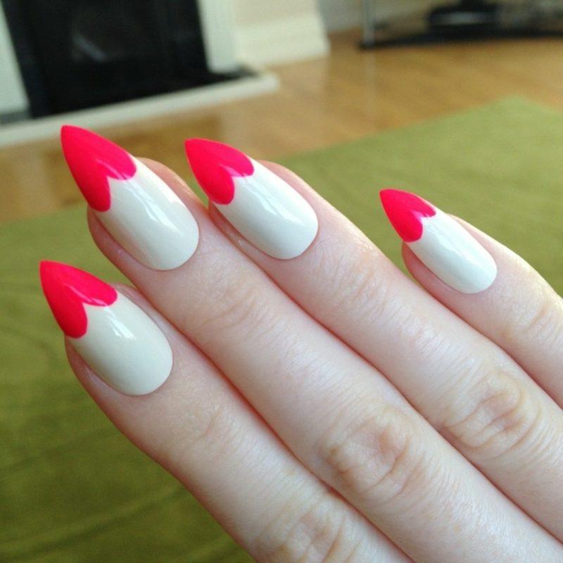 Nageldesign Spitz French Nails Herzen herrlicher Look